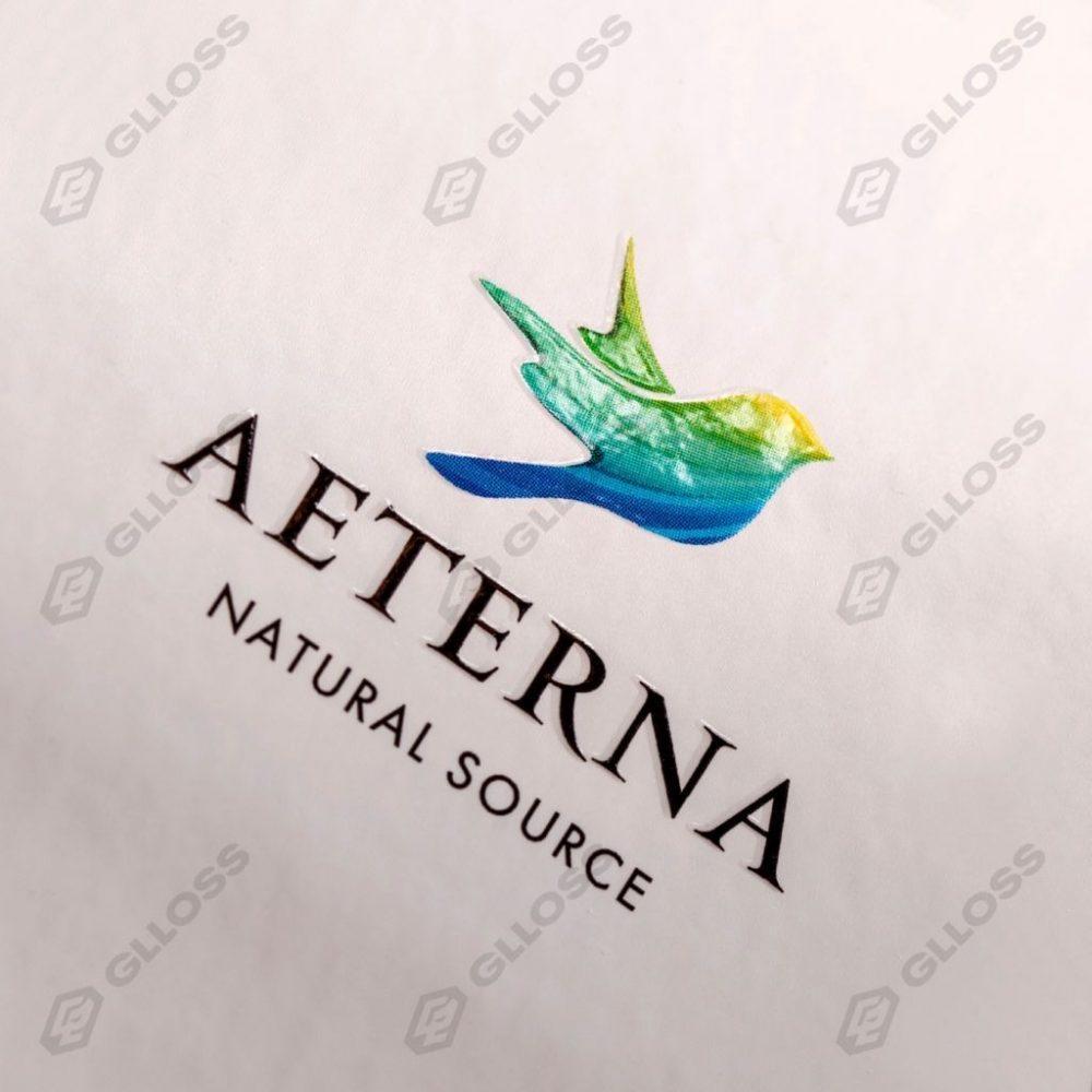 Этикетки с тиснением и трафаретным лаком для бренда Aeterna